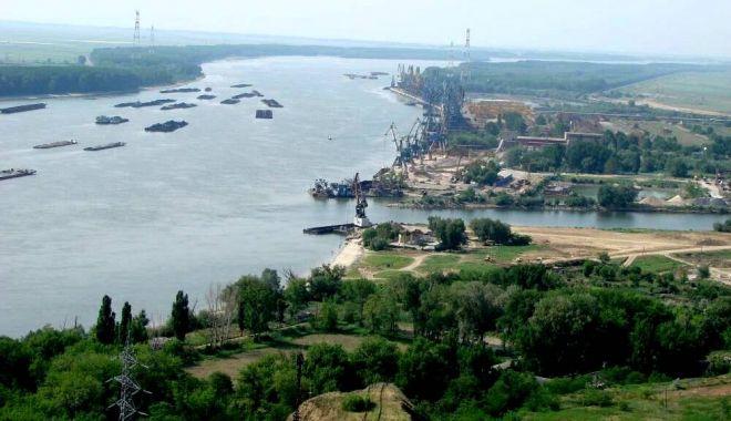 Debitul Dunării creşte aproape dublu faţă de media lunii octombrie - 1-1603013392.jpg