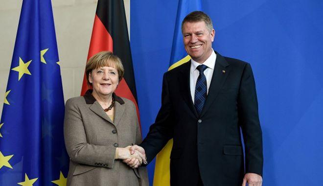 Angela Merkel l-a sunat pe Klaus Iohannis. Ce au discutat liderii politici - 1-1605808142.jpg