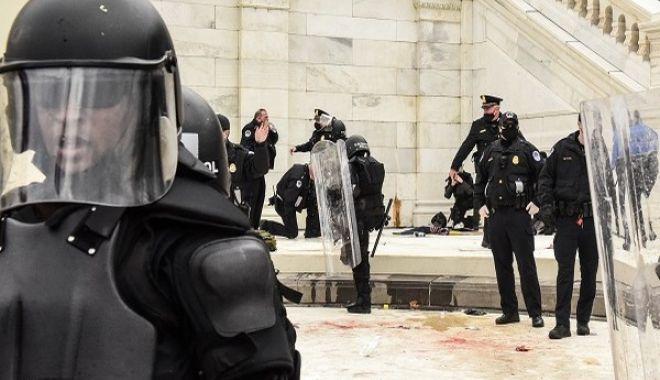 Mobilizare la Washington. Insurecţioniştii ar avea de gând să-i execute pe congresmenii democraţi - 1-1610470408.jpg