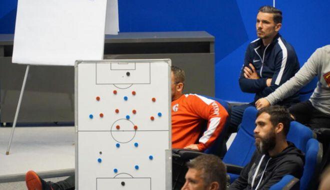 Fotbal / Au început înscrierile pentru o nouă sesiune de admitere la Licența UEFA A - 1-1634123196.jpg