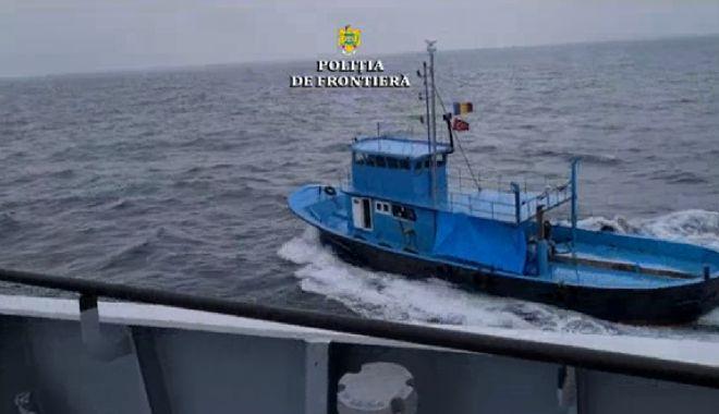 VIDEO / Focuri de armă pe mare. Pescador turcesc, depistat în zona economică exclusivă a României - 12-1615806137.jpg