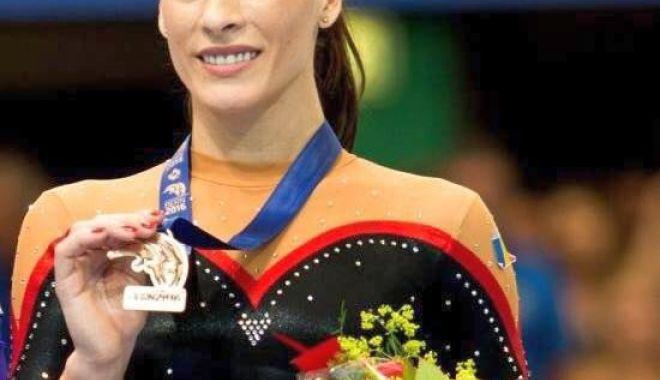 Cătălina Ponor candidează pentru un loc în Federaţia Internaţională de Gimnastică - 13393997879413888868748460581632-1633952460.jpg