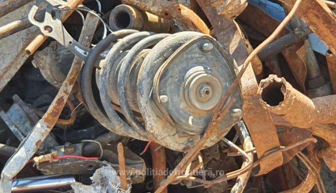 VIDEO. Şlepuri cu tone de deşeuri, descoperite în Portul Murfatlar - 162322857232313088s4-1623230131.jpg