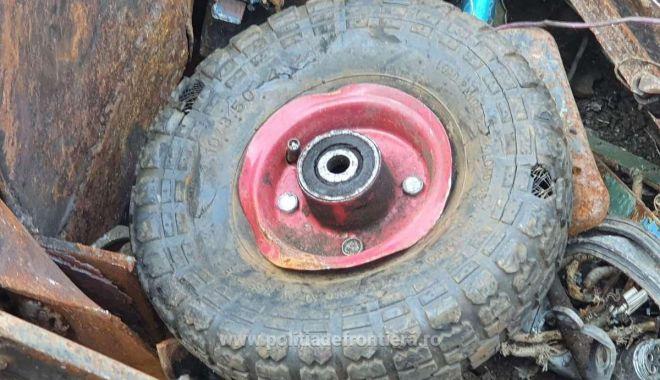 VIDEO. Şlepuri cu tone de deşeuri, descoperite în Portul Murfatlar - 162322857527913084s4-1623229957.jpg