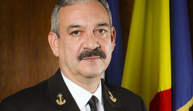 Foto: Șeful Statului Major al Forțelor Navale, viceamiral Alexandru Mîrșu, trecut în rezervă