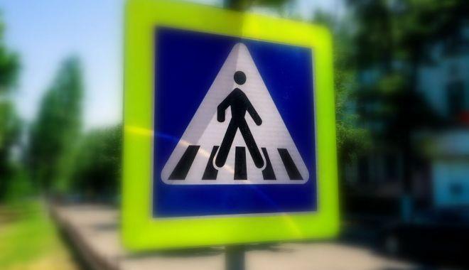 Foto: Femeie lovită pe trecerea de pietoni, în Constanța