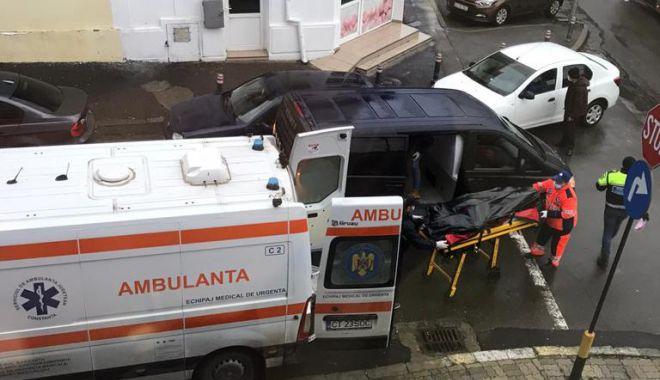 GALERIE FOTO / TRAGEDIE ÎN TRAFIC. Un bărbat aflat în timpul EXAMENULUI AUTO A MURIT! - 1f7d7a76b90c44248a8e6d8cccaf0a49-1610093048.jpg