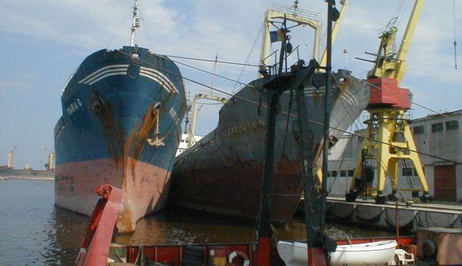 După ce ați prăpădit flota națională, după ce distrugeți Radionav, ARSVOM și ANR, veți desființa și Marea Neagră? - 1fondvetidesfiintasimareaneagraf-1626374790.jpg