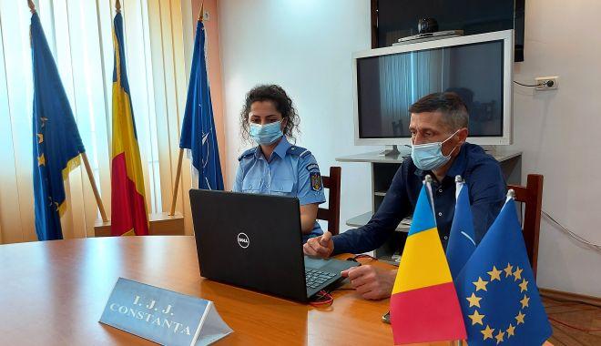 Jandarmii și specialiștii antidrog din Constanța discută online cu elevii - 20210609140706-1623310605.jpg