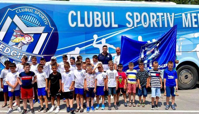 Fotbal / Echipe de copii ale CS Medgidia, la Turneul Internațional Junior's Cup de la Albena - 22001690531597332641518273385113-1626787164.jpg
