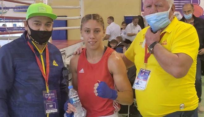 Box / Claudia Nechita şi Lăcrămioara Perijoc, medaliate la Balkan Tournament de la Sofia - 24445167424847442649939553440429-1634126092.jpg