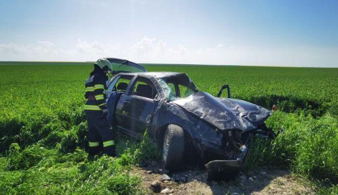 GALERIE FOTO. Accident grav, în ziua de Paşte. Trei persoane au fost rănite - 5-1619964176.jpg