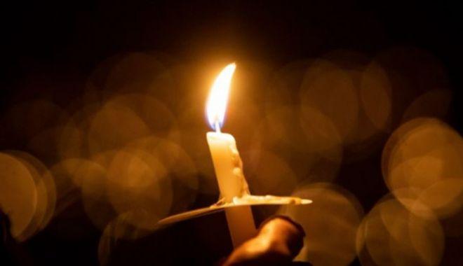 Părintele Daniil, de la Mănăstirea Frăsinei, a murit chiar în timp ce săvârșea slujba de Înviere - 646x404-1619952946.jpg