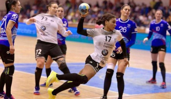 Handbal feminin: CSM Bucureşti a învins echipa maghiară FTC-Rail Cargo Hungaria - 7743431550934517csmbucurestiafos-1603037414.jpg