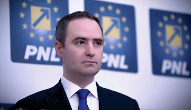 Ministrul Finanțelor: România a atras 3,5 miliarde euro de pe piețele externe de capital - alexandrunazare960x6001-1618484442.jpg