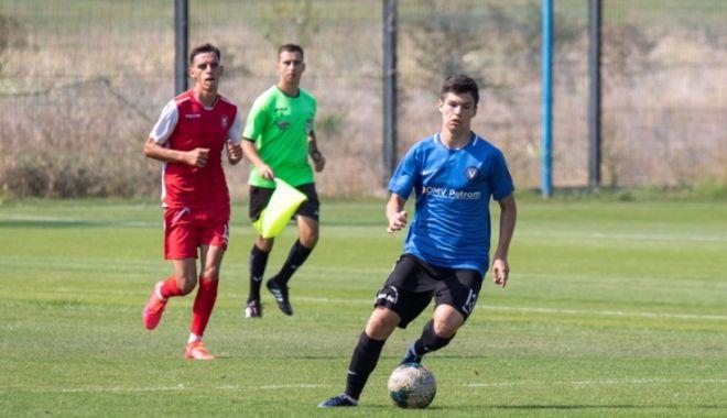 Foto: Amical spectaculos între FC Viitorul U17 și Gloria Albești