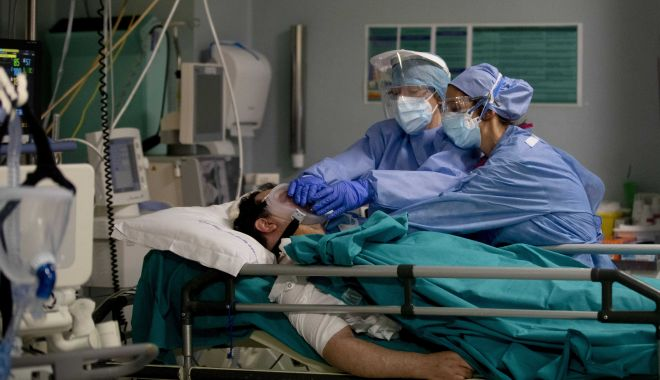Avalanșă de cazuri de Covid-19. Numărul infecțiilor s-a dublat în ultimele 24 de ore - ap20115599096675-1631615242.jpg