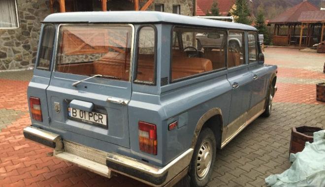 GALERIE FOTO / Un ARO special pentru Dictator! Cum arăta mașina de suflet a lui Nicolae Ceaușescu - aro3-1493969116.jpg