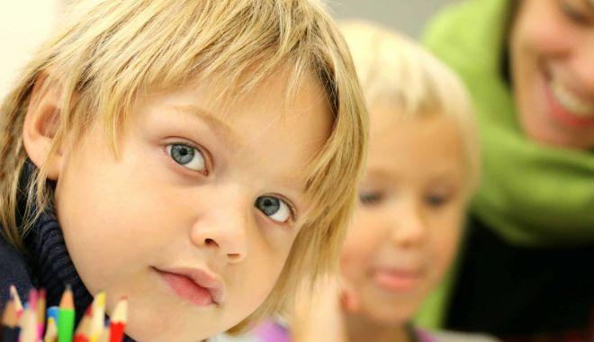 """Atelier de simţuri pentru cei mici în grădina Asociaţiei """"Inimi Colorate"""" - atelierdesimturi-1631640419.jpg"""