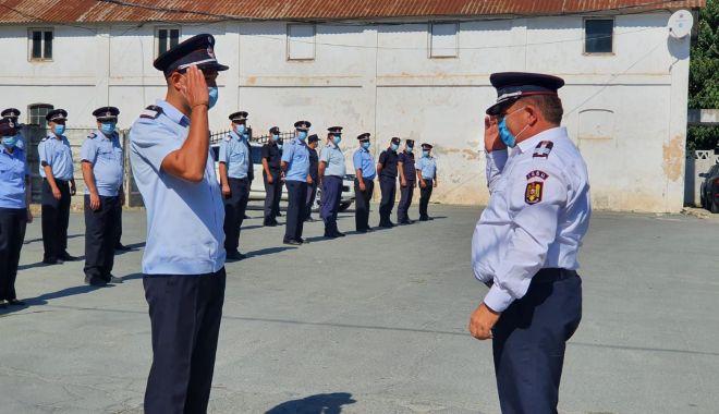 Foto: Avansări în grad și recompense morale la ISU Dobrogea