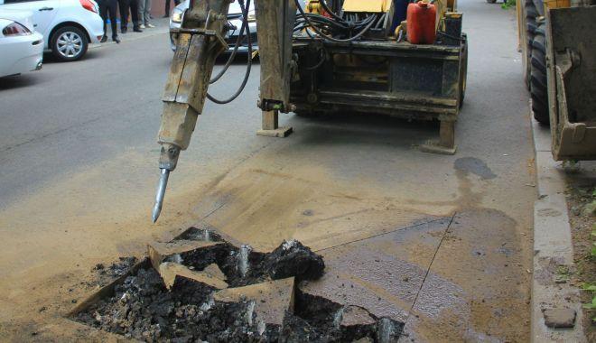 Atenție, se întrerupe furnizarea apei în cartierul Poarta 6 din Constanţa - avarierajastradarascoalei1907asf-1624264951.jpg