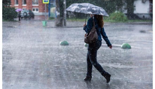 Cod portocaliu de ploi abundente în Constanţa - avertizaremeteo-1634043342.jpg