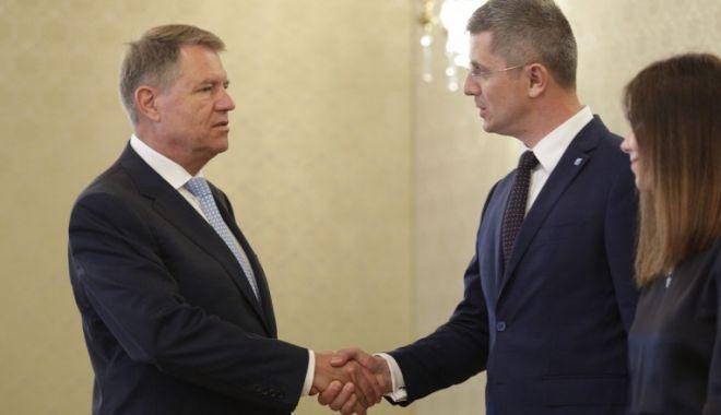 """Dan Barna, întâlnire cu preşedintele Iohannis. """"Nu-l mai vrem pe Cîţu premier"""" - barnaiohannis-1618585342.jpg"""