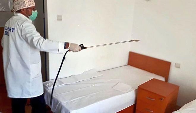 Foto: Coronavirus / Dezinfecție la Căminul pentru bătrâni din Constanța
