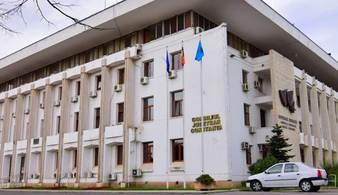 Foto: 10 candidați în cursa pentru președinția Consiliului Județean Constanța