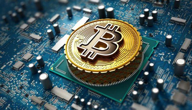 Bitcoin scade cu 10% în prima zi după ce a fost adoptat ca mijloc legal de plată în El Salvador - bit-1631083309.jpg