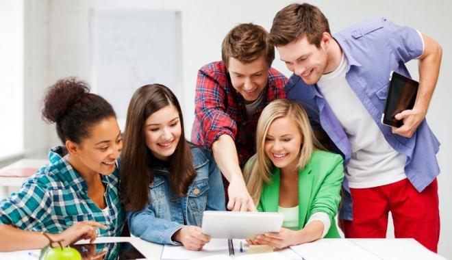 Burse de studiu în Marea Britanie pentru elevii de clasa a X-a - burseelevi-1506868536.jpg