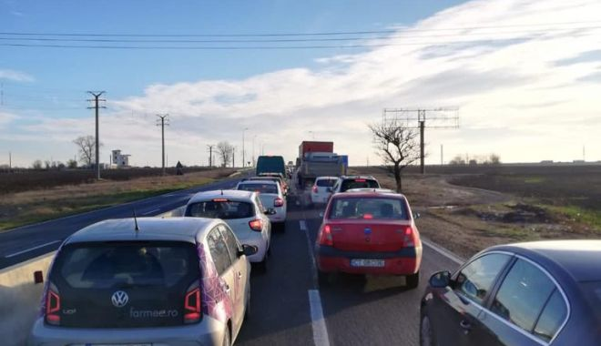 VIDEO/ CARANTINĂ la CONSTANȚA. Trafic infernal la intrare în oraș - c73700b05c11403b87a76065aa937dfb-1606117574.jpg