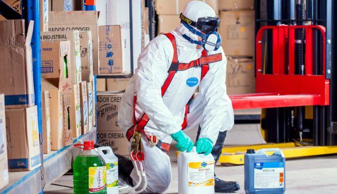 Foto: Cum puteți lucra în siguranță cu substanțele periculoase