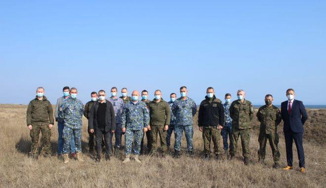 Militarii polonezi, în vizită la Capu Midia să se documenteze despre sistemul de lansare rachete - capumidiavizita1-1603988171.jpg
