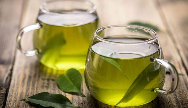 Ceaiul verde este mai eficient decât apa de gură - ceaiulverde2-1626705890.jpg
