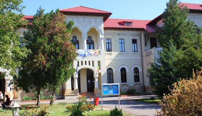 """Colegiul Pedagogic din Constanţa a primit titlul de """"Școală-ambasador a Parlamentului European"""" - colegiulpedagogic1-1623922189.jpg"""