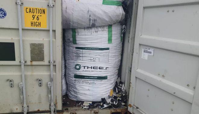 Containere cu deşeuri tocate, depistate în Portul Agigea - containere-1617809005.jpg