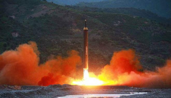 Coreea de Nord prezintă imagini cu rachetele sale cele mai avansate - coreea2-1634142630.jpg