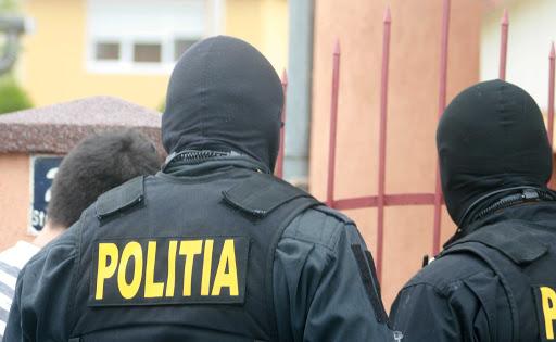 Bărbat mort, găsit într-un gang de pe Bulevardul Tomis - crima-1601826404.jpg