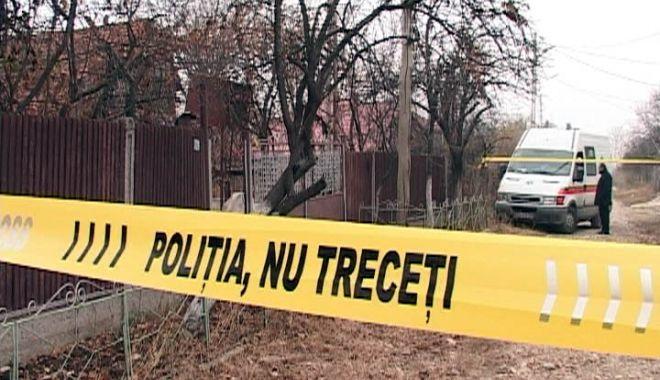 Un bărbat și-a ucis vecinul și apoi s-a dus să se laude la cârciuma din sat - crima-1614236747.jpg