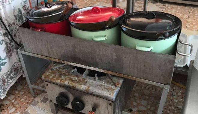 Atenție unde mâncați în Satu de Vacanță! Închis de DSV și OPC , Cuptorul cu plăcinte încă funcționează normal - cuptorulcuplacinte4-1498392589.jpg