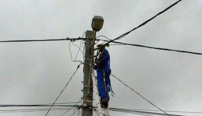 Mai multe zone din Constanţa, fără curent electric - curent-1603033115.jpg