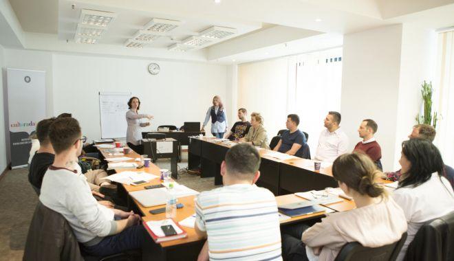 Cine sunt beneficiarii cursurilor de formare profesională - cursuri-1610565658.jpg
