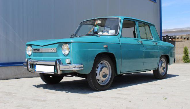 Foto: GALERIE FOTO / Istorie vie! Dacia, mașina care a pus România pe roți