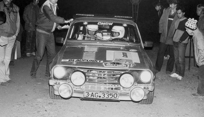La fel de îndrăgit precum Niki Lauda sau Ayrton Senna. Pilotul de legendă de pe Dacia Sport Turbo - dacia1-1536141655.jpg