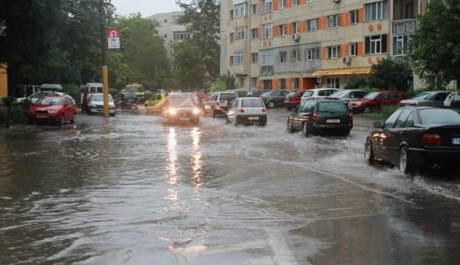 Cod galben de ploi puternice, la Constanța. RAJA activează Comandamentul pentru Situații de Urgență - dada1379060931138364744214014499-1570189604.jpg