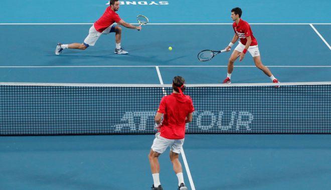 Foto: Djokovic, eroul Serbiei în finala ATP Cup