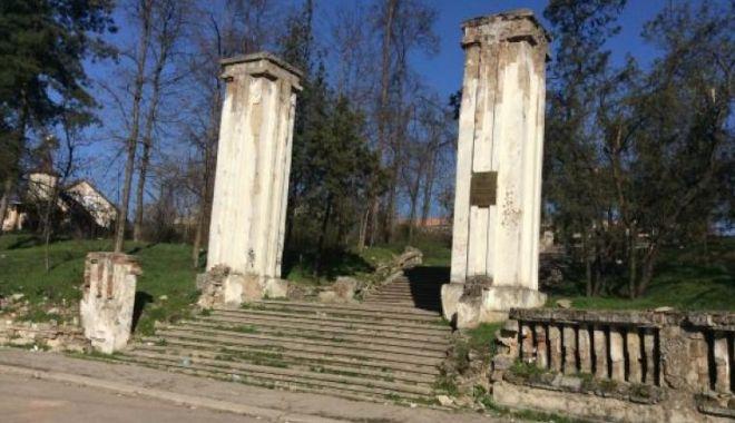 Cimitirul Eroilor Români din Chișinău, subiectul unei tranzacții suspecte - ddd-1579879749.jpg