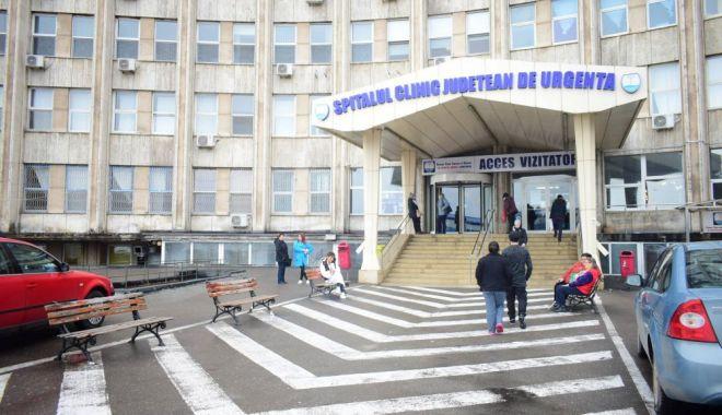 Foto: Femeie suspectă de coronavirus, în analize la Spitalul Județean!