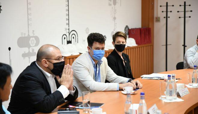 Delegaţie americană în vizită de lucru la SN Nuclearelectrica - delegatie2-1627670167.jpg